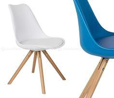 PRESS CHAIR   Svieža variácia ikonickej polypropylénovej stoličky na drevenej podnoži