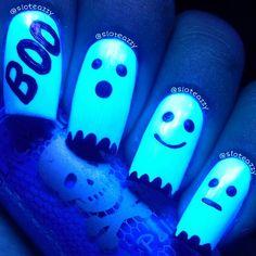 Amazingly BOO-tiful glow in the dark (black light) Halloween nails by sloteazzy @ Instagram