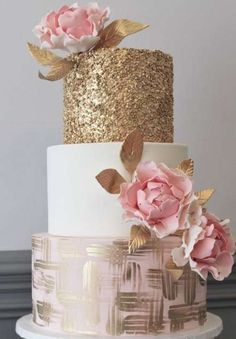 Three Tier Pink and Gold Wedding Cake - Featured Cake: Alliance Bakery; Glamorous gold and pink three tier wedding cake - Cool Wedding Cakes, Beautiful Wedding Cakes, Wedding Cake Designs, Beautiful Cakes, 3 Teir Wedding Cake, Beautiful Gorgeous, White And Gold Wedding Cake, Green Wedding, Wedding Cake Inspiration
