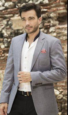 Instagram fans Luciano Roman, Suit Jacket, Fans, Blazer, Suits, Jackets, Instagram, Fashion, Cute Guys