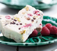 Pistachio and Berry Ice Cream