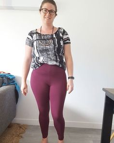 I had the pleasure of pattern testing the Avery Leggings for @helens__closet. The pattern was released today check out Helen's shop for more details and a discount code. I loved making these!  The pattern is easily to put together. I put mine together using my sewing machine rather than an overlocker. This is view A with the narrower waistband.  #averyleggings worn with a Scout tee I made a couple of years ago. #scoutteeaveryleggings,scoutteeEmma's Atelier