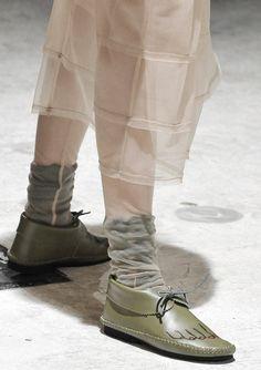 5564bc16d8d0 comme des garçons autumn winter 2009-2010 Quirky Shoes