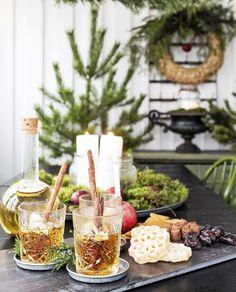 decordemon: Α real winter dream Swedish Christmas, Christmas Night, Scandinavian Christmas, Country Christmas, Christmas Home, Christmas Holidays, Christmas Decorations, Scandinavian Style, Xmas