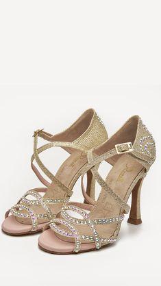 6c16e70b Para bailar y disfrutar bailando... ❤ #QueBonitosPorFavor #AmiMeDaAlgo  #swarovski. Zapatos De ...