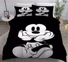 MICKEY MOUSE FULL SIZE DUVET COVER WITH TWO PILLOW CASES 3 PC SET Cama Mickey Mouse, Minnie Mouse Bedding, Disney Bedding, Full Size Duvet Cover, Black Duvet Cover, Double Duvet Covers, Duvet Cover Sets, California King Duvet Cover, Quartos