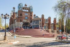 The cathedral being built by Justo Gallego, in Mejorada del Campo, Spain. Moving Home, Place Of Worship, Roman Catholic, Pilgrimage, Ny Times, Madrid, Architecture Design, Cathedral, Brick