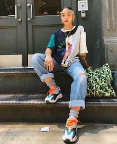 3 Best Tips On How to Rock An Androgynous Fashion Style - - eco. - 3 Best Tips On How to Rock An Androgynous Fashion Style – – eco. Fashion Killa, Look Fashion, 90s Fashion, Fashion Outfits, Fashion Trends, Urban Fashion Women, Womens Fashion, Swag Fashion, Feminine Fashion