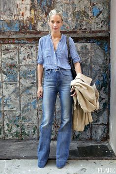 Double denim is back in and with winter here what better season to rock this timeless look? If you are already, you should be wearing double denim. Double Denim, Fashion Week, Look Fashion, Autumn Fashion, Fashion Tag, Fashion Hacks, Fashion 2015, Fashion Trends, Fashion Models