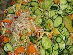 Gyomro-sokk: Egy csalamádé színorgiája Zucchini, Vegetables, Food, Essen, Vegetable Recipes, Meals, Yemek, Veggies, Eten