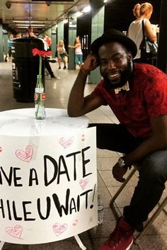Mans Date While You Wait Table In NYC Subway Stations Brings Joy To Jaded Commuters : huffpost community kindness - 7/8/15