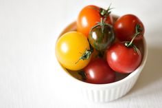 16. TOMATO:  Lycopene, the compound that gives tomatoes their color, acts like an antioxidant by keeping cholesterol from building in artery walls. The most concentrated tomato sources of lycopene are tomato paste - which you might add to a pasta sauce or pizza - and tomato juice. Start off smart - Instead of a salad, serve sliced tomatoes with fresh basil and olive oil over slices of toasted sourdough bread.