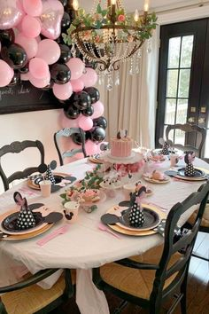 Take a look at this sweet Minnie Mouse birthday party! The table settings are gorgeous! See more party ideas and share yours at CatchMyParty.com #catchmyparty #partyideas #minniemouse #minniemouseparty #girlbirthdayparty Minnie Mouse Table, Minnie Mouse Party, Mouse Photos, Mouse Cake, Birthday Dinners, For Your Party, Garland, Centerpieces, Birthdays