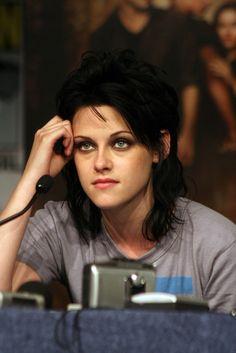 Avril 2009 : Kristen rompt avec Michael Angarano