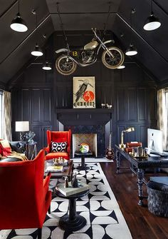 Bonadies Architect in Nashville, Tennessee (beautiful room, but don't understand motorcycle hanging from the ceiling)