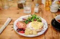 Brunch Spots, Coffee Shop, Potato Salad, Madrid, Ethnic Recipes, Food, Coffee Shops, Coffeehouse, Essen
