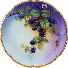 Outstanding William Guerin Limoges France 1900's Hand Painted 'Blackberry' 9-1/8' Scallop Plate by Artist, 'E. Heimerdinger'