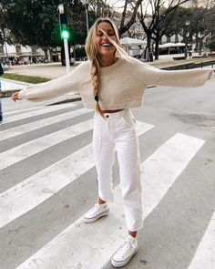 32 Weekend Outfit Ideas – What to wear on a weekend - Outfit Styles Mode Outfits, Fashion Outfits, Womens Fashion, Fashion Tips, Petite Fashion, Fashion Brands, Fashion Ideas, Tomboy Outfits, Fashion Hacks