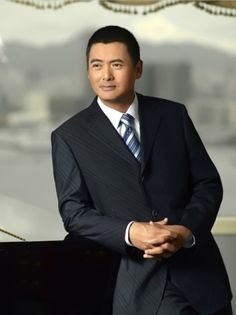 Chow Yun- I don`t really go for Asian men but he`s an exception.