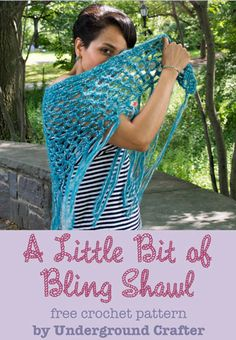 A Little Bit of Bling Shawl, free #crochet pattern by Underground Crafter! I love the combo of yarns held together here - and the fringe is perfect!