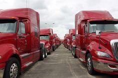 Bạn đang tìm kiếm một chiếc xe tải đầu kéo giá rẻ để phục vụ nhu cầu vận chuyển của công ty mình? Hãy đến với Longbienauto, chúng tôi sẽ mang đến những bất ngờ chưa từng có cho các bạn.