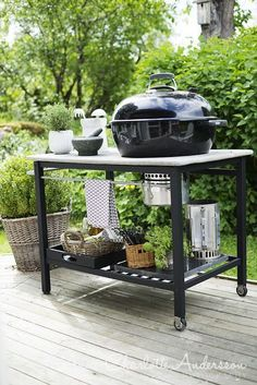 Custom concrete Weber bbq stand, comment if you think it's a good idea… Bbq Stand, Patio Pergola, Grill Table, Weber Bbq, Built In Grill, Bbq Area, Outdoor Kitchen Design, Outdoor Living, Outdoor Decor