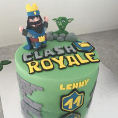 Clash Games provides latest Information and updates about clash of clans, coc updates, clash of phoenix, clash royale and many of your favorite Games Torta Clash Royale, Little Anthony, Royal Cakes, Birthday Cake, Birthday Parties, Clash Of Clans, Cake Decorating, Birthdays, Desserts