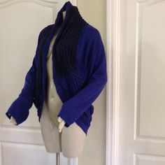 Investments Cardigan Stylish & unique. Open front cardigan. Stretchy Sweaters