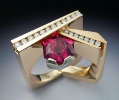 Yellow and white gold Pink Tourmaline and Diamond ring