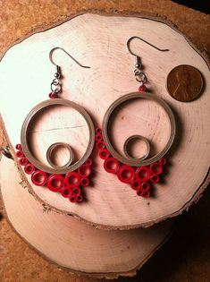 Flowing Circles Quilled Earrings - Gray Red: Anna, Charm City Quills, Baltimore, Maryland, Etsy