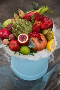 gvult-14964-4-1458649787-%d0%ba%d0%be%d0%bf%d0%b8%d1%8f-%d0%ba%d0%be%d0%bf%d0%b8%d1%8f Food Bouquet, Edible Bouquets, Fruit Box, Fruit Flowers, Fruit Arrangements, Fruit Displays, Fruits Basket, Food Presentation, Fruits And Vegetables