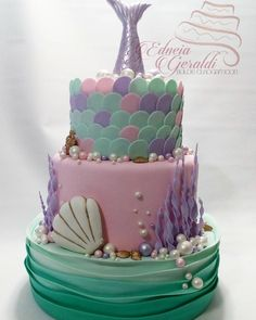 No photo description available. Mermaid Birthday Cakes, Mermaid Party Favors, Mermaid Cakes, Third Birthday Girl, Birthday Cake Girls, Sea Cakes, Little Mermaid Parties, Occasion Cakes, Pretty Cakes