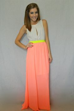 Ive got to have this...Bright Delight Maxi Dress | The Tres Chic