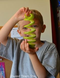 Want your kids to eat more fruit? Make them some Slinky Apple Snacks!