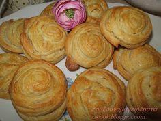 Τυροπιτάκια τραγανά με πολύ νόστιμη ζύμη!!!! Τη ζύμη την κάνω συχνά και είναι πάντα ίδια.... κάνω τυροπιτάκια, με κιμά, με κασέρι... Cheese Pies, Party Finger Foods, Mediterranean Recipes, Greek Recipes, Food Processor Recipes, Brunch, Food And Drink, Appetizers, Cooking Recipes