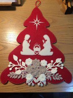 Best 11 Pattern for Felt Christmas Tree – SkillOfKing. Easy Christmas Ornaments, Felt Christmas Decorations, Christmas Nativity, Felt Ornaments, Christmas Angels, Christmas Art, Christmas Projects, Simple Christmas, Christmas Wreaths