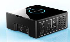 Mit dem Pi-Desktop-Kit wird der Raspberry zum schicken Arbeitsplatzplatz-PC mit SSD und Power-Button.
