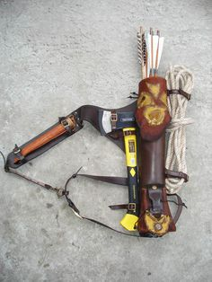 Multifunctional Tooled Leather Quiver, Holding A Bow, An Axe, A Knife And A Rope/Blanket, With A Detachable Pouch Survival Prepping, Survival Gear, Survival Skills, Survival Shelter, Survival Equipment, Wilderness Survival, Leather Quiver, Leather Tooling, Tooled Leather