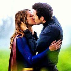 Karamel #karazorel #monel #supergirl