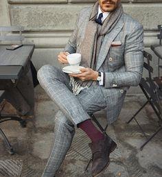 Classic suit. Style inspiration men