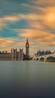 London Time Long Exposure iPhone X wallpaper Iphone Wallpaper London, City Wallpaper, Mobile Wallpaper, Wallpaper Wallpapers, City Aesthetic, Travel Aesthetic, Long Exposure Iphone, City Photography, Nature Photography