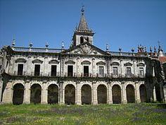 Pagina dettagliata con molte foto e spiegazioni sul Monastero di Pombeiro de Ribavizela