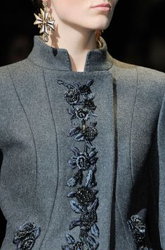 Alberta Ferretti at Milan Fashion Week Fall 2013 ~ love the look of grey flannel with jet and silk embroidery. Haute Couture Style, Couture Mode, Couture Fashion, High Fashion Dresses, Fashion Outfits, Womens Fashion, Fashion Details, Look Fashion, Fashion Design