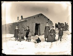 The Butcher family arrived in Nebraska in time to experience the hard winter of 1880 to Blizzards often struck without warning, catching people out on the prairie. Those lucky enough to be home, like this family shown here in Cherry County, often br Vintage Pictures, Old Pictures, Old Photos, Us History, American History, Family History, Pioneer Life, American Frontier, Into The West