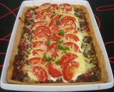 Taco Tart – Mother's Mad – Pastry World Cook N, Dessert Recipes, Dinner Recipes, Good Food, Yummy Food, Danish Food, 20 Min, I Foods, Carne