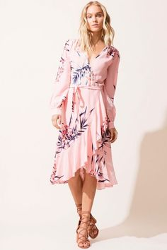 Attending a wedding this summer? We have some ideas on what you should wear!