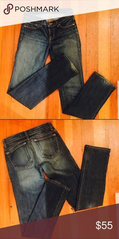 🎈ON SALE TODAY! JBrand Jeans Size 25 straight leg J. Brand jeans. Perfect condition with just a tiny bit of fraying at the bottom, as shown in the second photo. J Brand Jeans Straight Leg