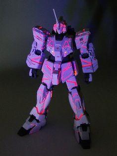 1/144 UCHG Unicorn Gundam Custom paint  by  Lstep