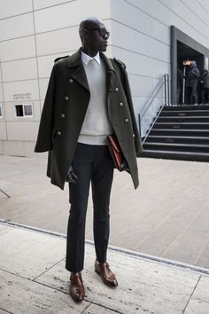 The men brought their fashion A game to NYFW!  Check out model @badaraofficial and his great street style!