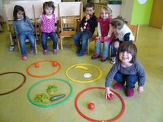 Children can physically sort the food into colors with hoola hoops. Making it a game to see who sorts the colors first. Gross Motor Activities, Kindergarten Activities, Toddler Activities, Preschool Activities, Games For Kids, Art For Kids, Crafts For Kids, Vegetable Crafts, Very Hungry Caterpillar
